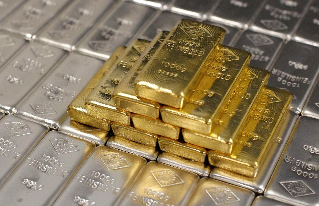 Reasons to Buy Gold and Silver in 2015